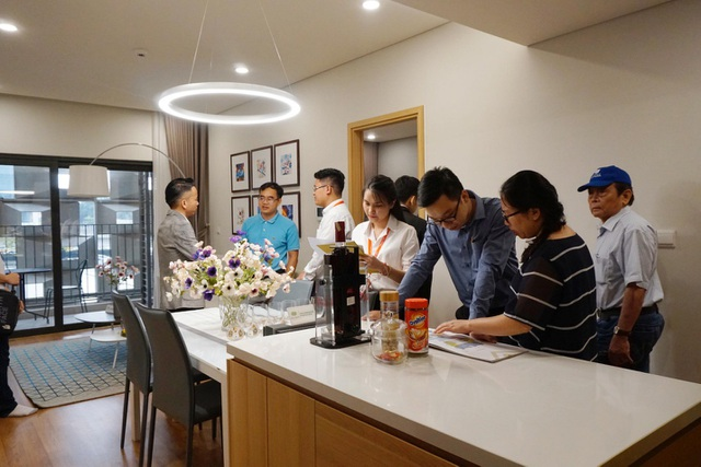 Sky Park Residence là dự án duy nhất cho phép khách hàng chụp ảnh căn hộ mẫu đối chiếu căn hộ bàn giao