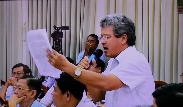 Cử tri Khương đặt vấn đề với Chánh VP UBND TPHCM