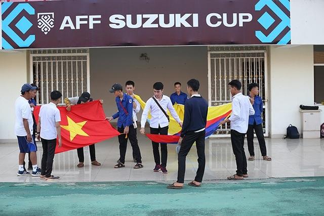 SVĐ quốc gia Lào tất bật chuẩn bị trước trận Lào - Việt Nam - 13