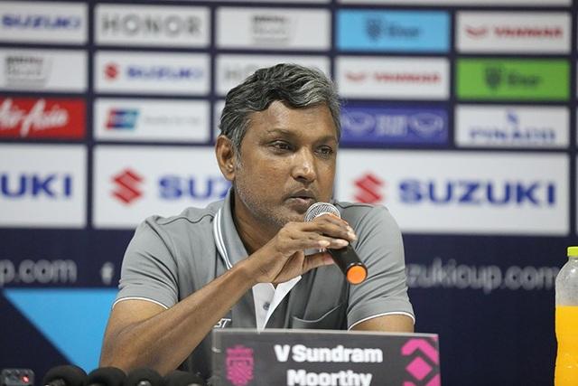 HLV Sundramoorthy thừa nhận đội tuyển Việt Nam quá mạnh