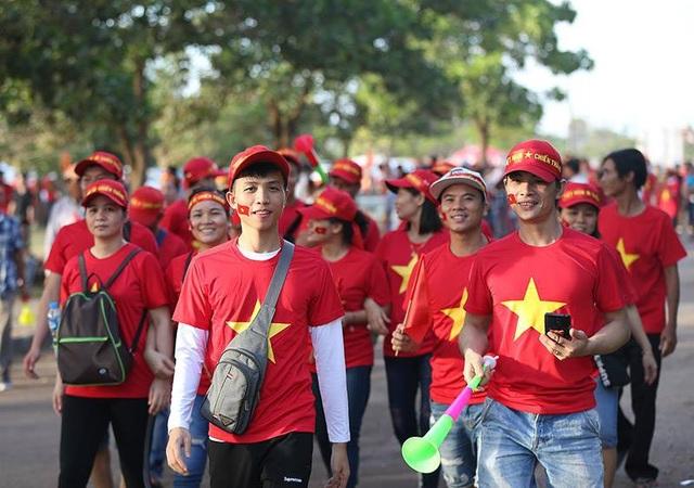 Lào 0-3 Việt Nam: Công Phượng, Quang Hải lập công - 35