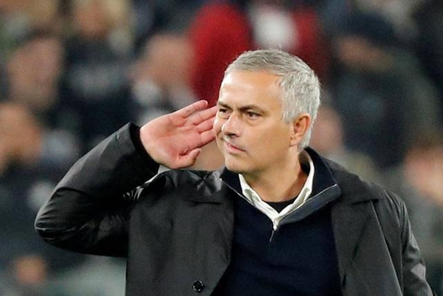 Mourinho đáp trả sau khi bị cổ động viên Juventus sỉ nhục