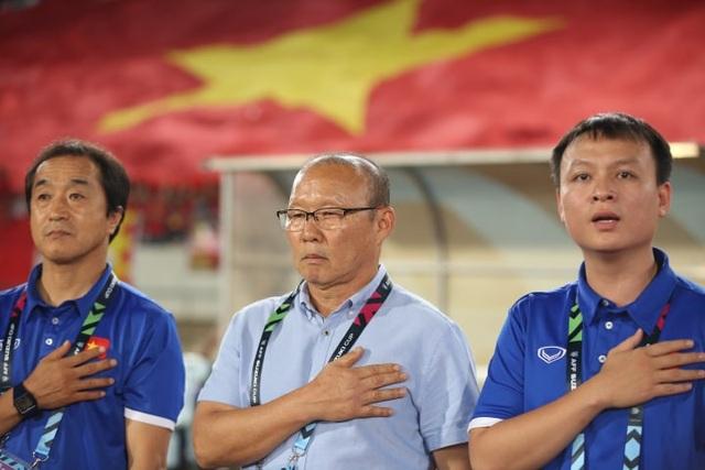 Lào 0-3 Việt Nam: Công Phượng, Quang Hải lập công - 15