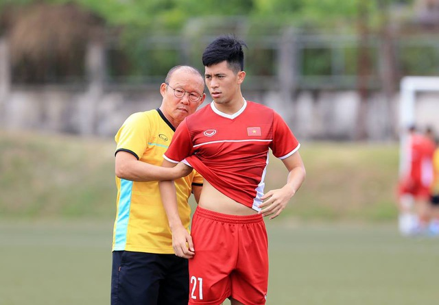 Đội tuyển Việt Nam sau trận thắng Lào: Giấu bài triệt để, chờ đấu Malaysia - 14