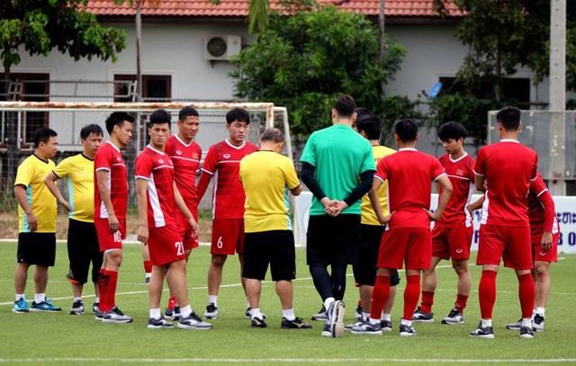 Đội tuyển Việt Nam sau trận thắng Lào: Giấu bài triệt để, chờ đấu Malaysia - 9