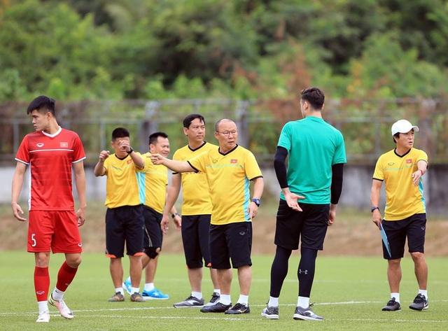 Đội tuyển Việt Nam sau trận thắng Lào: Giấu bài triệt để, chờ đấu Malaysia - 8