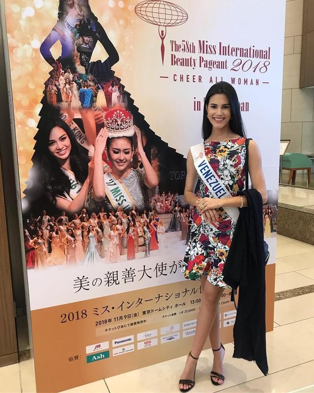 Cô giành giải phụ là thí sinh phong cách và ăn ảnh nhất trong cuộc thi Hoa hậu Venezuela 2017