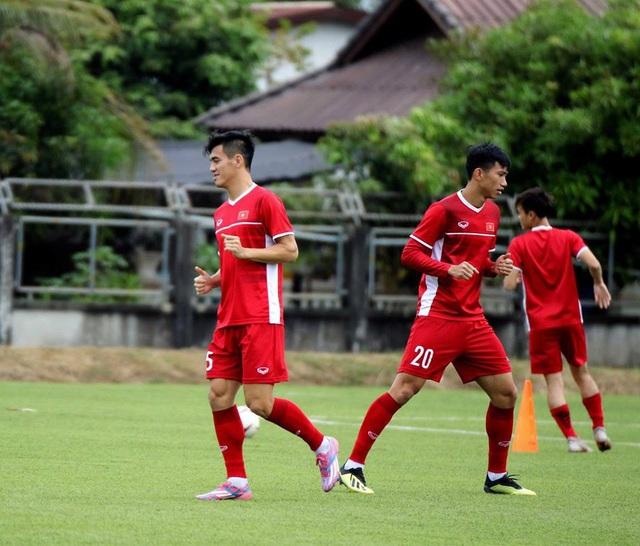 Đội tuyển Việt Nam sau trận thắng Lào: Giấu bài triệt để, chờ đấu Malaysia - 7