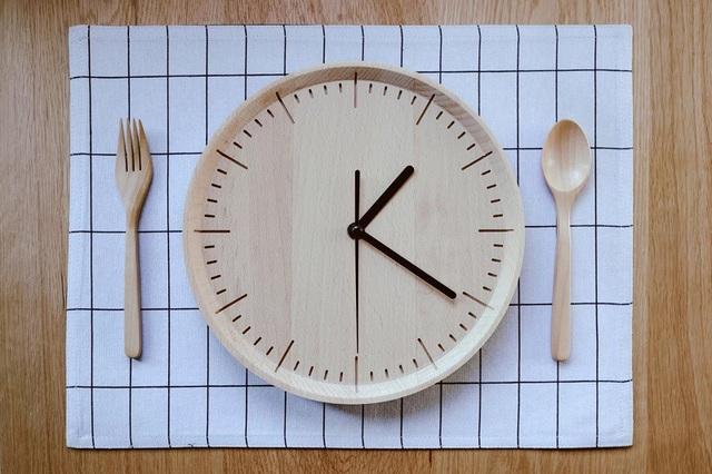 Cơ thể tiêu thụ nhiều calo nhất vào thời điểm nào trong ngày? - 1