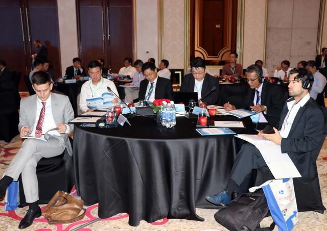 Các đại biểu tham dự Hội thảo Biển Đông lần thứ 10