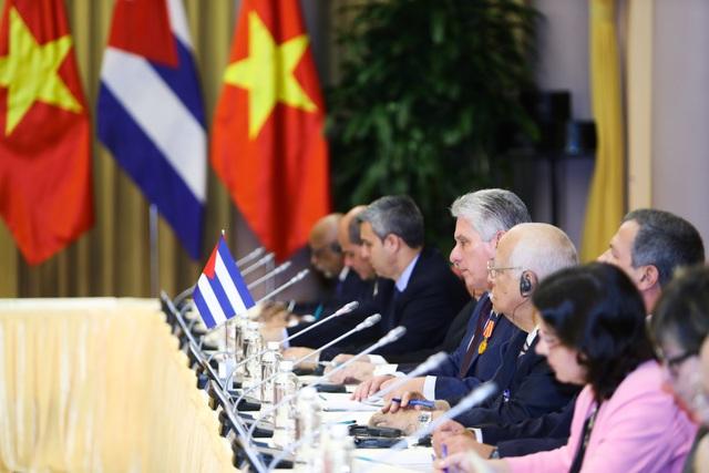 Lãnh đạo Cuba tại cuộc hội đàm với Tổng Bí thư, Chủ tịch nước Nguyễn Phú Trọng