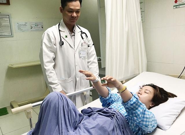 Nữ bệnh nhân bị nhồi máu não nhưng không có tiền sử các bệnh lý liên quan