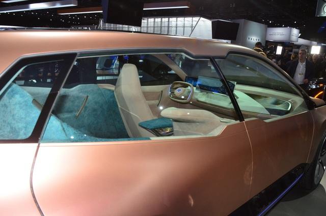 Vision iNext - Tương lai SUV tự lái của BMW - 7