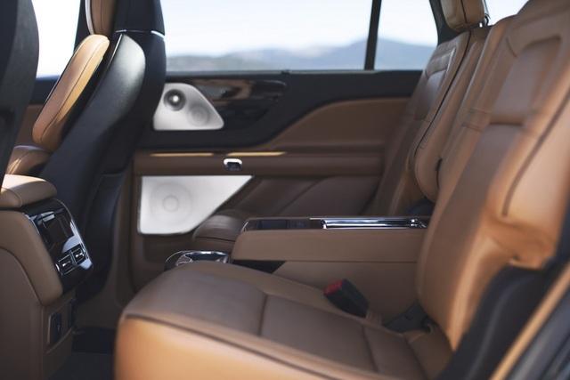 Lincoln Aviator - Đối thủ mới của Audi Q7 và Mercedes GLE - 15