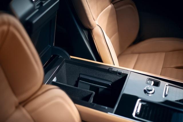 Lincoln Aviator - Đối thủ mới của Audi Q7 và Mercedes GLE - 14