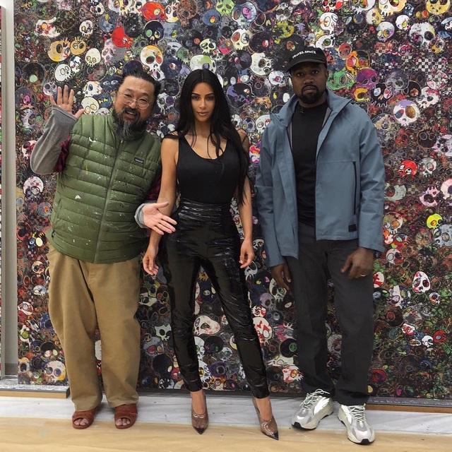 Kim vừa tới Nhật Bản trong chuyến đi ngắn ngày cùng với chồng Kanye West