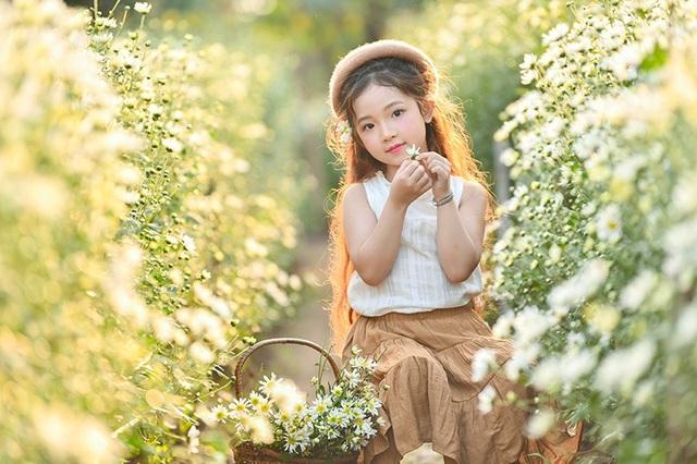 Hà Linh không chỉ ăn ảnh mà còn biểu đạt tốt thần thái