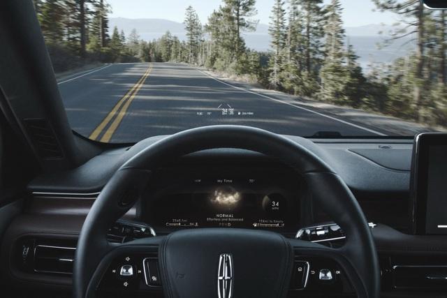 Lincoln Aviator - Đối thủ mới của Audi Q7 và Mercedes GLE - 11