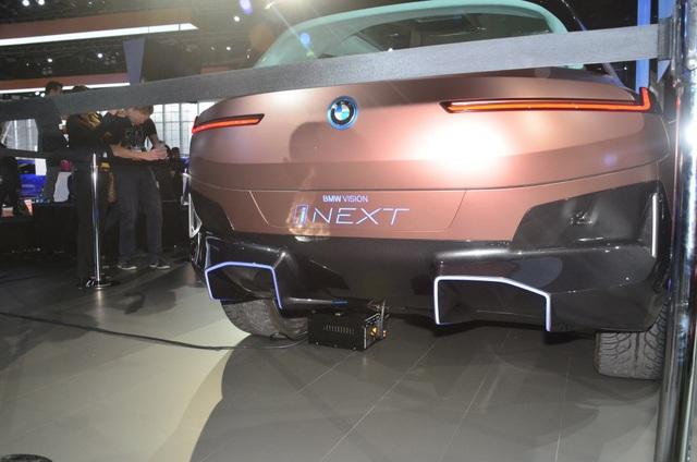 Vision iNext - Tương lai SUV tự lái của BMW - 9