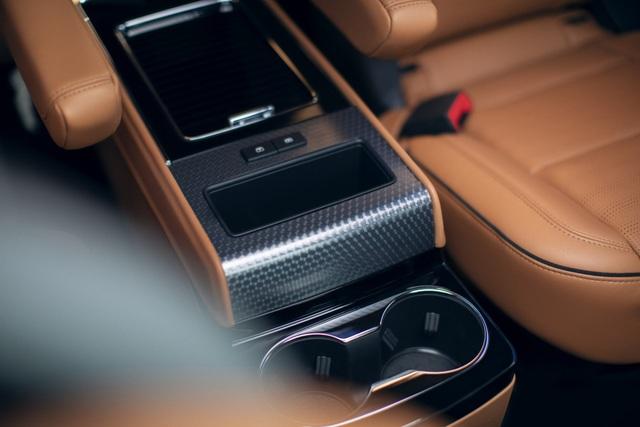 Lincoln Aviator - Đối thủ mới của Audi Q7 và Mercedes GLE - 13