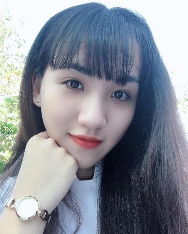 Trang chia sẻ, cô bạn cảm thấy rất bất ngờ khi hình ảnh của mình được nhiều người biết đến bởi ban đầu Trang cũng không hề biết bức ảnh đó được một người bạn đăng vào nhóm kín.