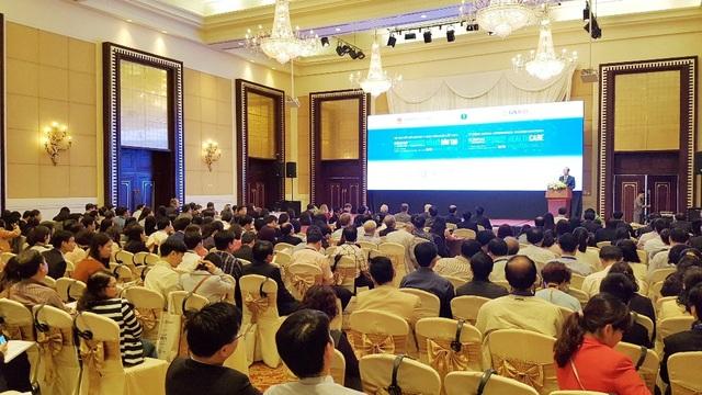 """Hội nghị đổi mới giáo dục y khoa toàn quốc lần thứ 2 với chủ đề """"Giảng dạy lâm sàng và đào tạo chuyên khoa trong đổi mới đào tạo nhân lực y tế"""" tại TP Huế"""