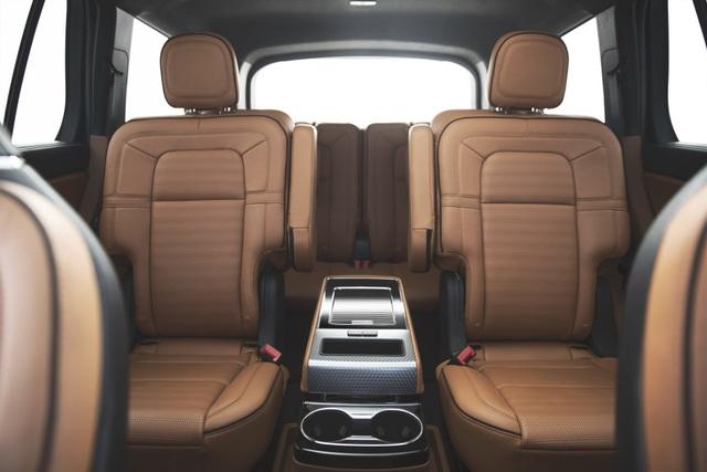 Lincoln Aviator - Đối thủ mới của Audi Q7 và Mercedes GLE - 17