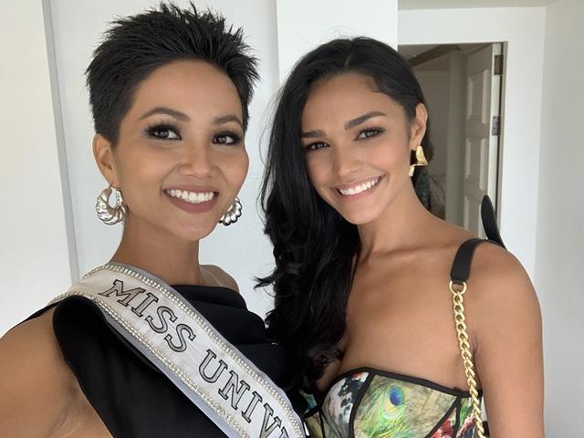 Hoa hậu hoàn vũ Puerto Rico