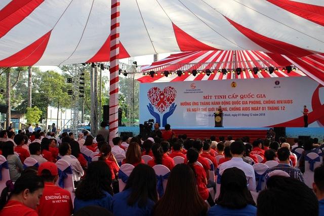 Lễ mít tinh cấp quốc gia phòng chống HIV/AIDS được tổ chức sáng 1/12 tại TPHCM