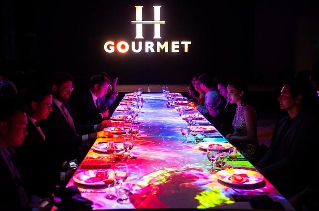 Đêm tiệc H-Gourmet đem đến những trải nghiệm về ẩm thực có 1-0-2 cho người Hà Nội.