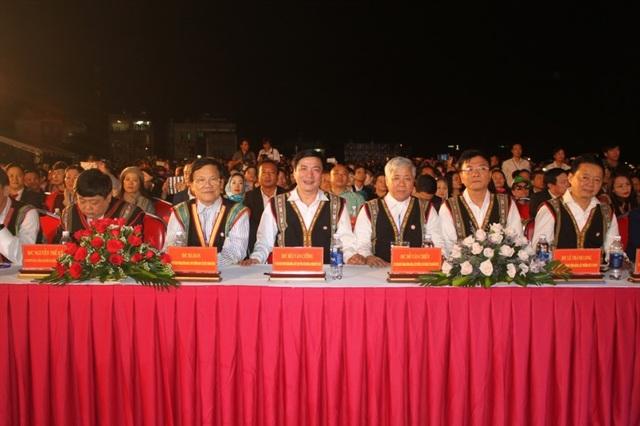 Rực rỡ sắc màu Festival văn hóa cồng chiêng Tây Nguyên - 2
