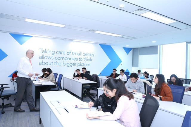 Học viện Tek Academy giúp các bạn trẻ trau dồi kiến thức chuyên môn, kỹ năng mềm và ngoại ngữ
