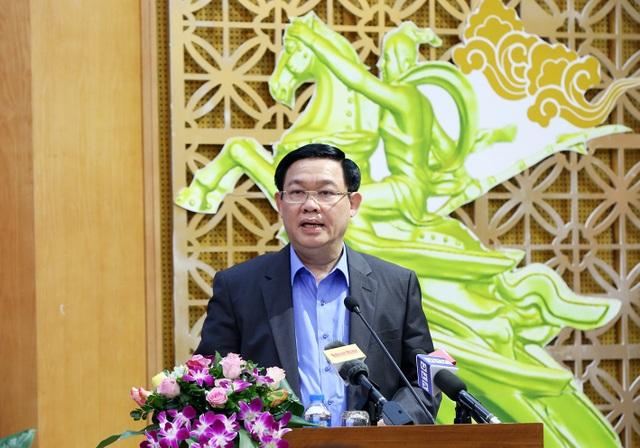 Phó Thủ tướng Vương Định Huệ nhấn mạnh vai trò của thống kê trong việc đưa ra các quyết định điều hành. (Ảnh: VGP).