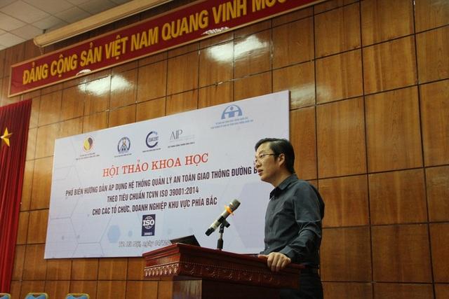 Ông Hà Minh Hiệp - Phó Tổng cục trưởng Tổng cục Tiêu chuẩn Đo lường Chất lượng phát biểu tại hội thảo.