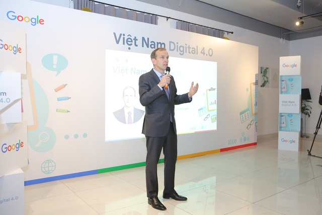Kent Walker - Phó chủ tịch cấp cao, phụ trách các vấn đề toàn cầu kiêm Cố vấn Pháp lý Google - chia sẻ với các DN Việt Nam.