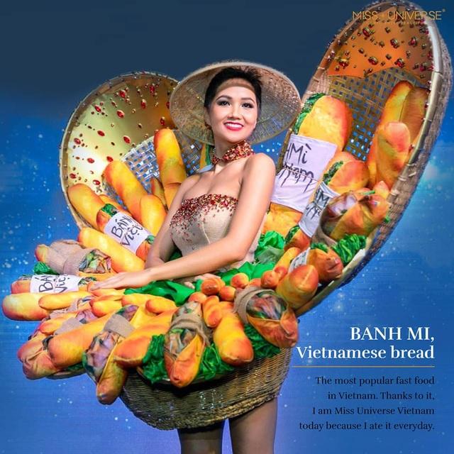 Trước đó, hình ảnh đại diện Việt Nam diện trang phục dân tộc được đăng tải trên Instagram của Tạp chí Vogue Thái Lan khiến thiết kế này được quan tâm hơn. Kết quả của phần thi này sẽ được công bố tại chung kết Miss Universe 2018.
