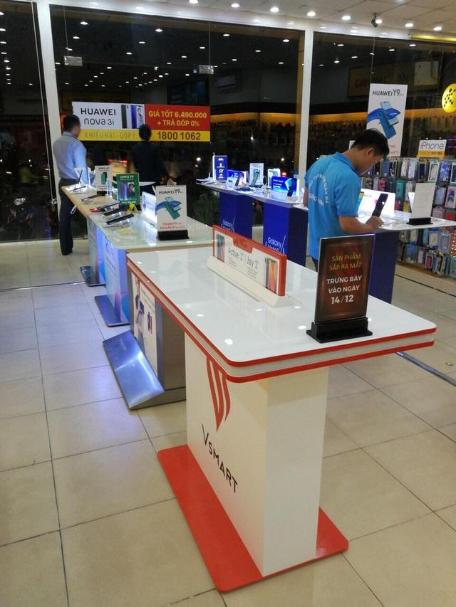 Các điểm trưng bày smartphone Vsmart đã sẵn sàng