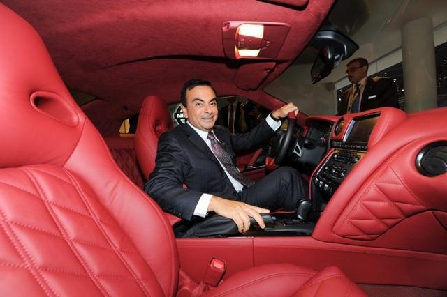 Cựu chủ tịch và Nissan chính thức bị khởi tố - 2