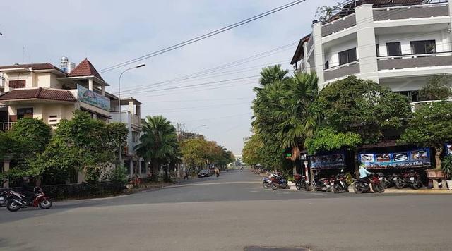 Sân bay Tân Sơn Nhất mở rộng, tạo đà cho bất động sản khu Tây dậy sóng - 1