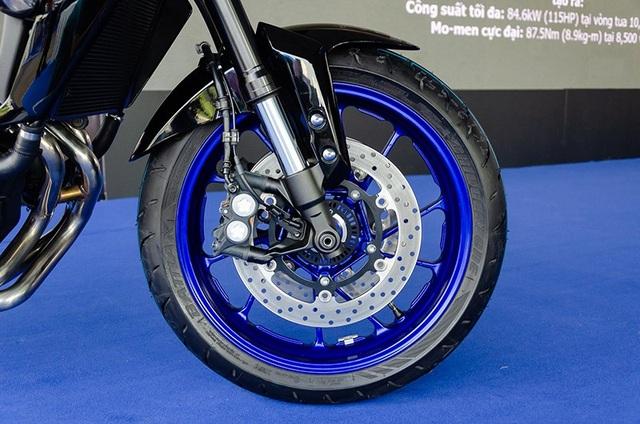Yamaha công bố giá bán MT-09 và XSR900 tại Việt Nam - Ảnh 6.