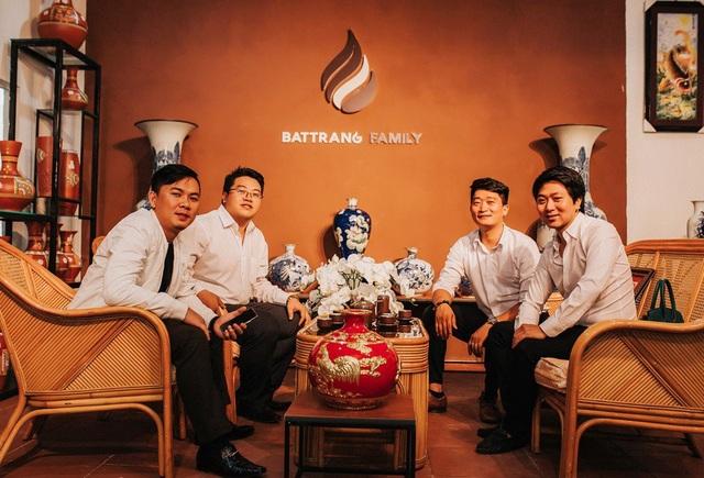 Khách hàng từ mọi nơi tìm đến BatTrang Family chi nhánh Lâm Hà để được sử dụng gốm sứ chính hãng.