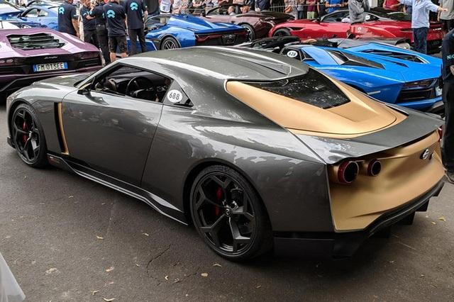 Ngắm siêu xe triệu đô Nissan GT-R50 - Ảnh 2.