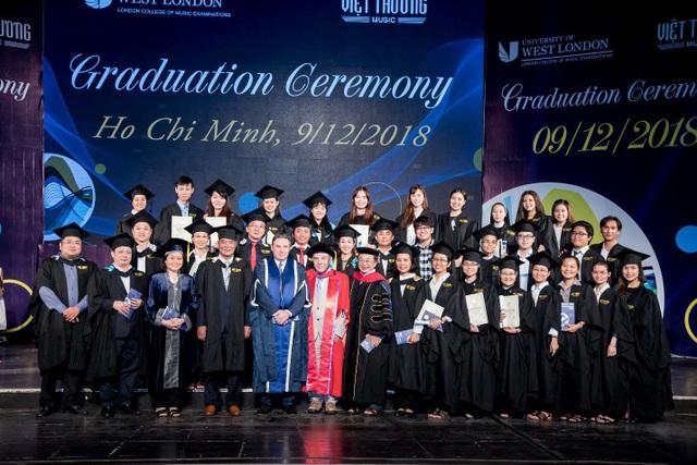 Hơn 1.000 học viên nhận bằng cấp và chứng chỉ âm nhạc quốc tế - 1