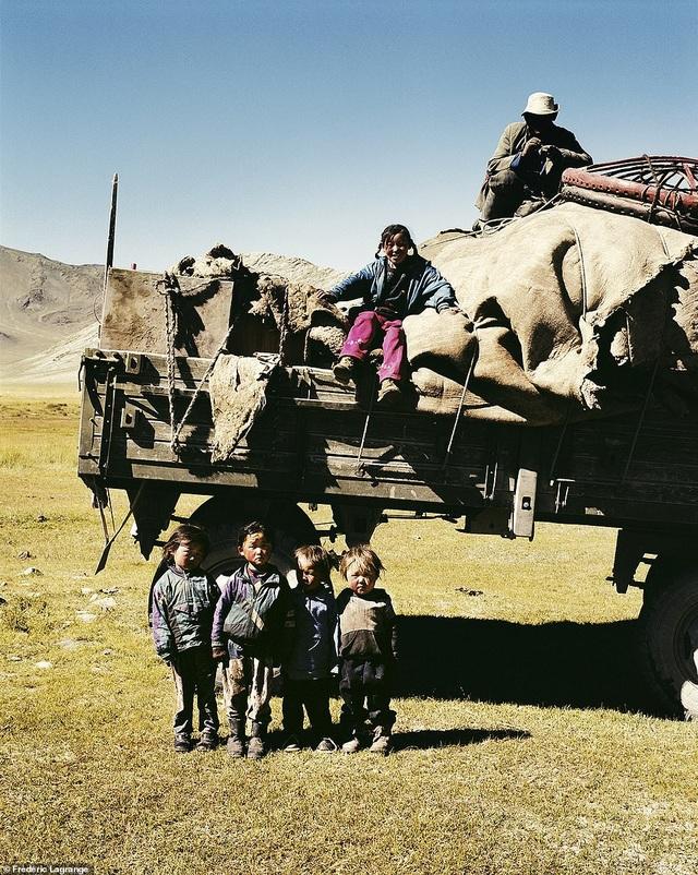 Những bức ảnh mê hoặc về Mông Cổ - 6