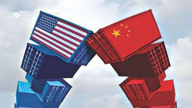 Việt Nam đã tận dụng cuộc chiến thương mại Mỹ-Trung để trở thành điểm đến hàng đầu cho các nhà sản xuất muốn tránh thuế quan. (Nguồn: The Daily Star)