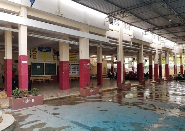 Không gian trường THCS Võ Văn Ký, TP Nha Trang khá chật hẹp, ảnh hưởng đến chất lượng dạy học