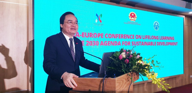 Bộ trưởng Phùng Xuân Nhạ phát biểu tại hội thảo