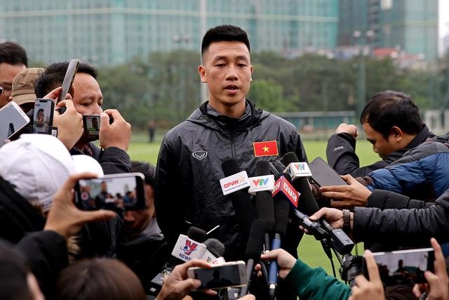 Huy Hùng đã sẵn sàng cho cuộc đấu với Malaysia tại Mỹ Đình - Ảnh: Gia Hưng