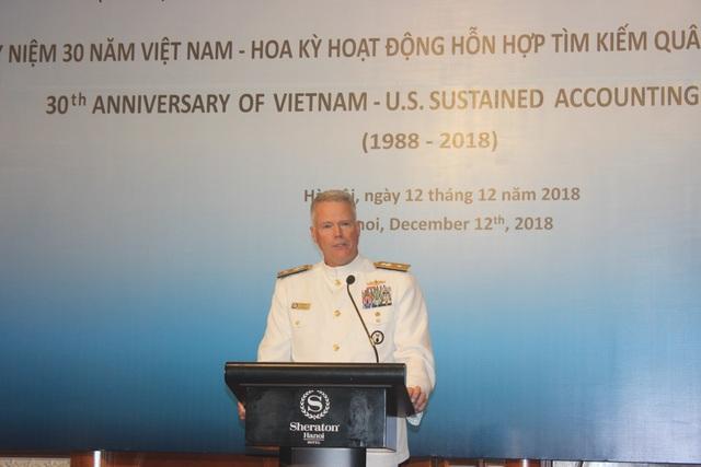 Chuẩn Đô đốc Jon Kreitz, Phó giám đốc Cơ quan Tìm kiếm Tù binh và Người mất tích thuộc Bộ Quốc phòng Mỹ (DPAA) (Ảnh: Thành Đạt)