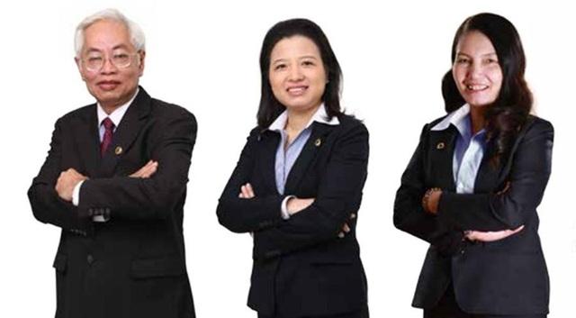 Bà Nguyễn Thị Kim Xuyến có nhiều năm đảm nhiệm cương vị Phó Tổng giám đốc của Ngân hàng Đông Á (ảnh ngoài cùng, bên phải).